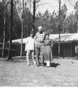Pregnant Elva 1959