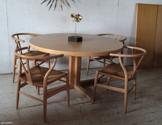 Danish table