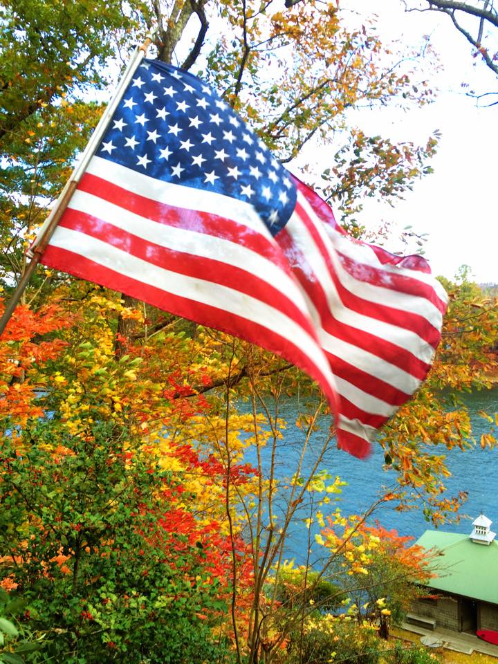 Flag lake