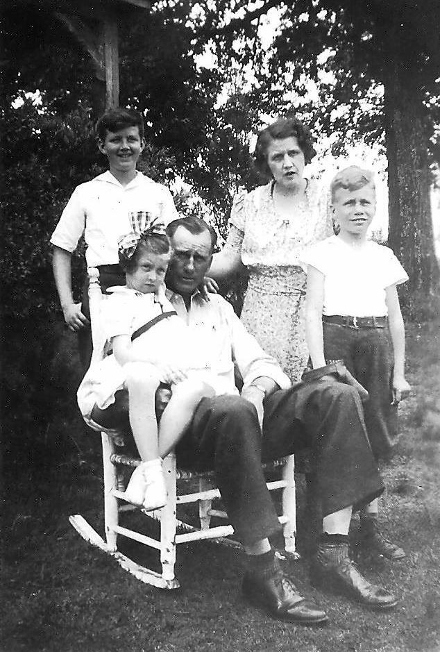 Family 1930s 001
