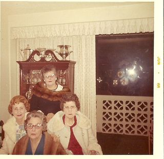 Mamaw sisters old0001