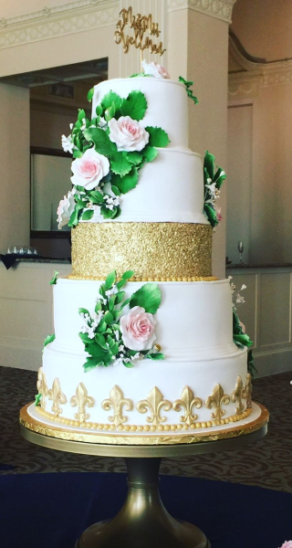 Trad wedding cake