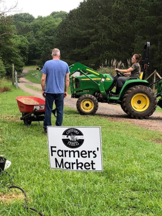 Farmers market tractor photo