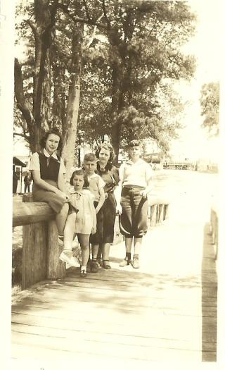Gwen Hastys 19390001